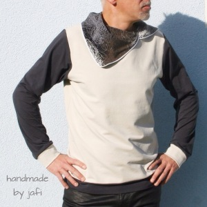 Männerkragen-Hoodie mit großem, paspeliertem Kragen